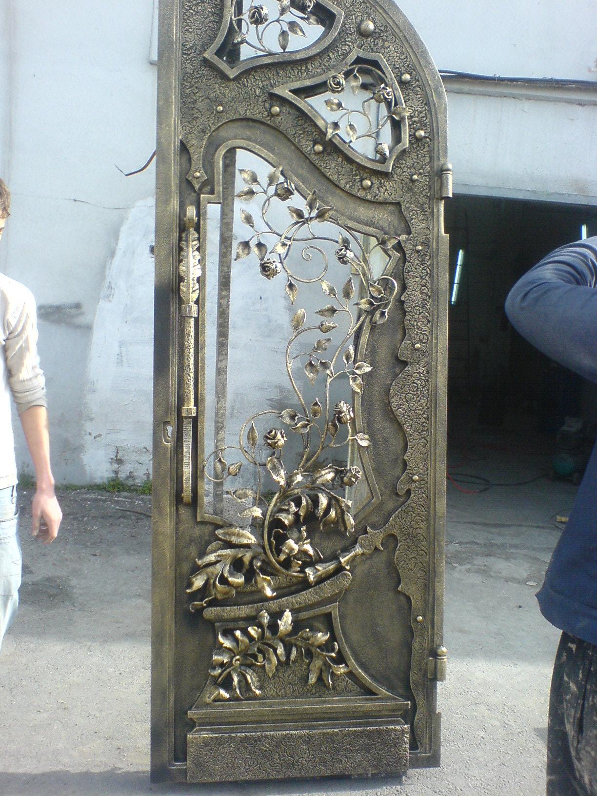 художественные металлические двери